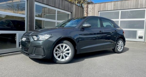 Audi A1 Sportback Advanced 25TFSI S-tronic manhattengrijs Coast Motors Knokke